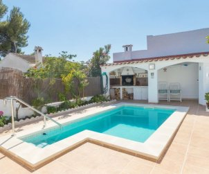 House   Cunit 6 persons - private pool p0