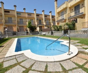 House   Torredembarra 8 persons - comunal pool p0