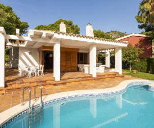 House   Benicassim 8 persons - private pool p0