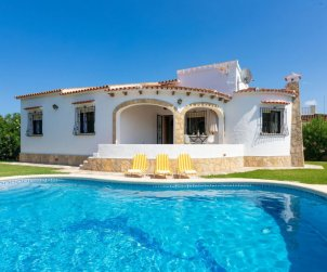 House   Denia 6 persons - comunal pool p0