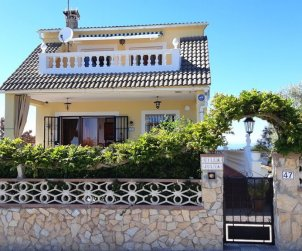 House   Lloret del Mar 8 persons - sea view and washing machine p2