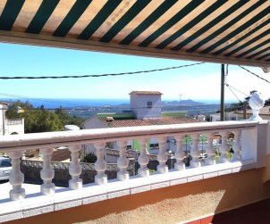House   Lloret del Mar 8 persons - sea view and washing machine p0