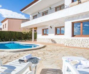 House   Blanes 8 persons - private pool p2