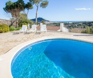 House   Blanes 8 persons - private pool p1