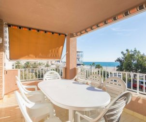 Flat   Oropesa del Mar 8 persons front of beach p0