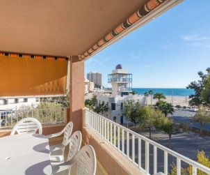 Flat   Oropesa del Mar 8 persons front of beach p1