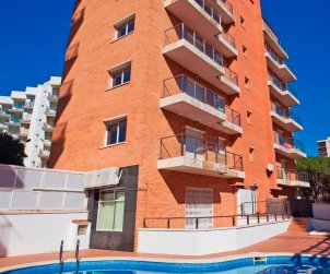 Flat   Blanes 5 persons - comunal pool, internet and near sea p2