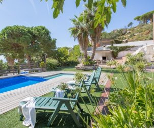 House   Lloret del Mar 8 persons - private pool and sea view p0