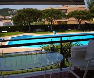 Flat   Calella de Palafrugell 6 persons - comunal pool and near sea p2