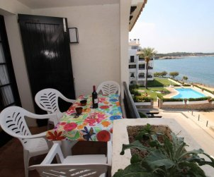 Flat   L'Escala 4 persons - comunal pool and sea view p1