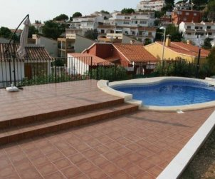 House   Peniscola 8 persons - private pool and beautiful sea view p2