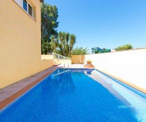 Flat   Rosas 6 persons - comunal pool p1