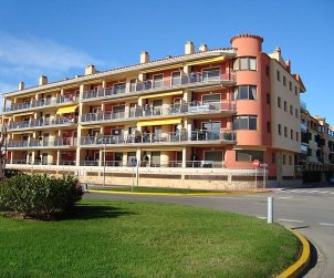 Flat   Empuriabrava 6 persons - comunal pool p1