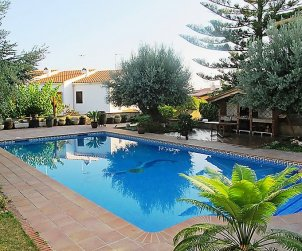 Flat   Creixell 8 persons - comunal pool p0