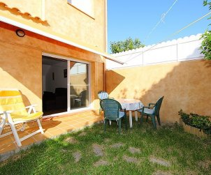 House   Nulles 6 persons - comunal pool p1