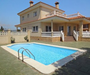 House   L'Ampolla 11 persons - private pool p0