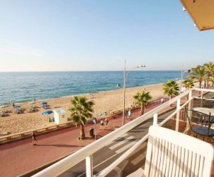 Flat   Lloret del Mar 6 persons - sea view and private garage p0