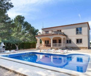 House   Ametlla de Mar 17 persons - private pool p0