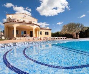 House   Ametlla de Mar 11 persons - private pool p0