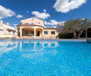 House   Ametlla de Mar 11 persons - private pool p1