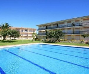 Flat   Calella de Palafrugell 5 persons - comunal pool, parking and internet p2