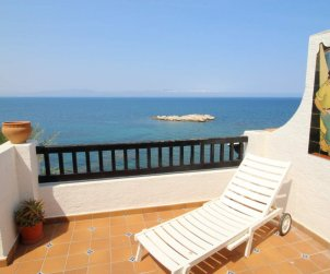 Flat   L'Escala 6 persons - comunal pool and sea view p2