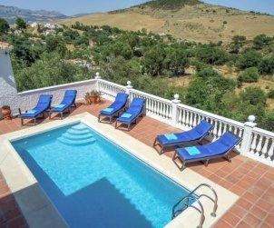 House   La Axarquía - Almogía 6 persons - private pool p0