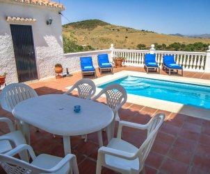House   La Axarquía - Almogía 6 persons - private pool p2