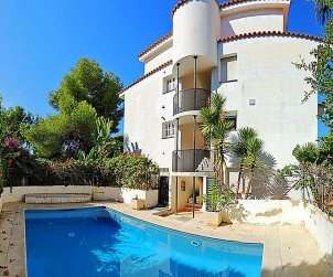 House   Sitges 6 persons - comunal pool p0