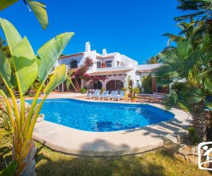 House   Moraira 10 persons - private pool, internet and near sea p0