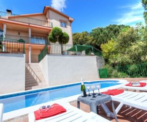 House   Lloret del Mar 10 persons - private pool p0