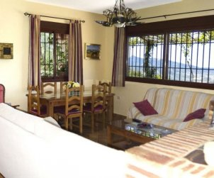 House   El Gastor 4 persons - private pool p2