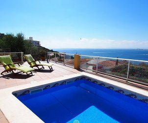 House   Rosas 6 persons - private pool p0