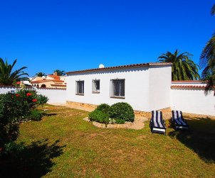 House   Empuriabrava 4 persons - dishwaher p2