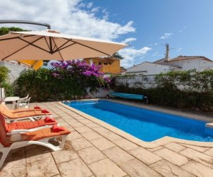 House   L'Escala 6 persons - private pool p0