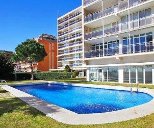 Flat   Sant Vicenç de Montalt 5 persons - comunal pool p2