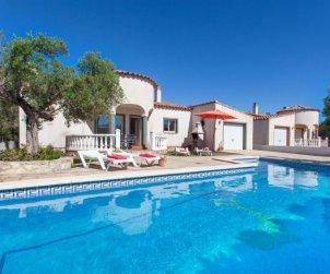 House   Ametlla de Mar 9 persons - private pool p0
