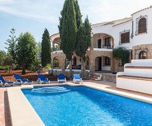 Villa   Javea 8 persons - private pool p0