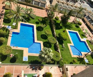 Flat   Benidorm 6 persons - comunal pool and A/C p1
