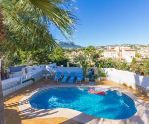 House   Calpe 8 persons - private pool and air conditioning p0