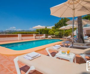 House   Moraira 10 persons - private pool, little sea view and air conditioning p2