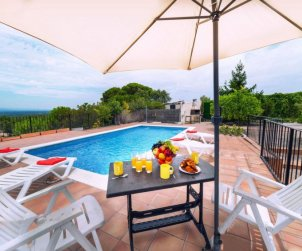 House   Lloret del Mar 6 persons - private pool p0