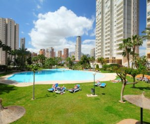 Flat   Benidorm 5 persons - comunal pool p0