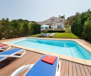 House   Lloret del Mar 8 persons - private pool p0