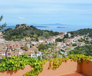 Flat   Begur 6 persons - panoramic to the sea p0
