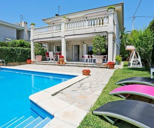 House   Cambrils 12 persons - private pool p0