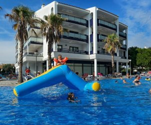 Flat   Cambrils 6 persons - comunal pool and air conditioning p0