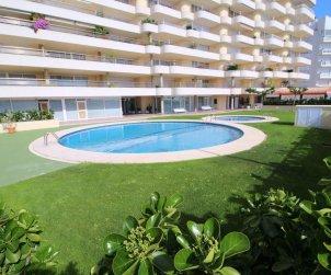 Flat   L'Escala 4 persons - comunal pool and vista mar p2