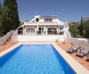House   Calpe 7 persons - private pool, sea view and air conditioning p0