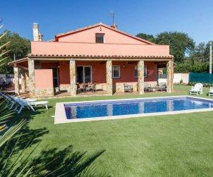 House   Caldes de malavella 8 persons - private pool p2